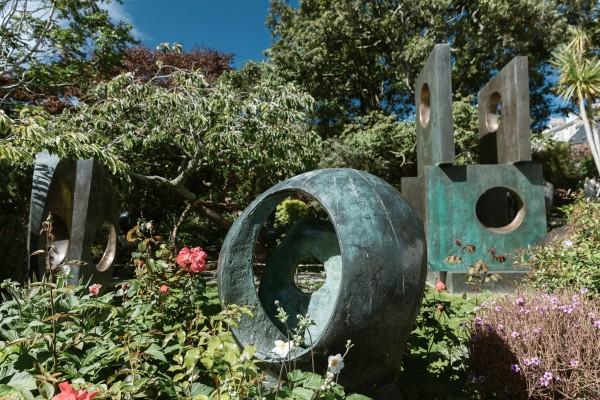 바브라 헵워스 조각 공원에 전시된 작품들